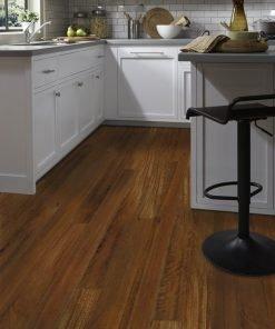 Acacia Tigers Eye Flooring in a Kitchen