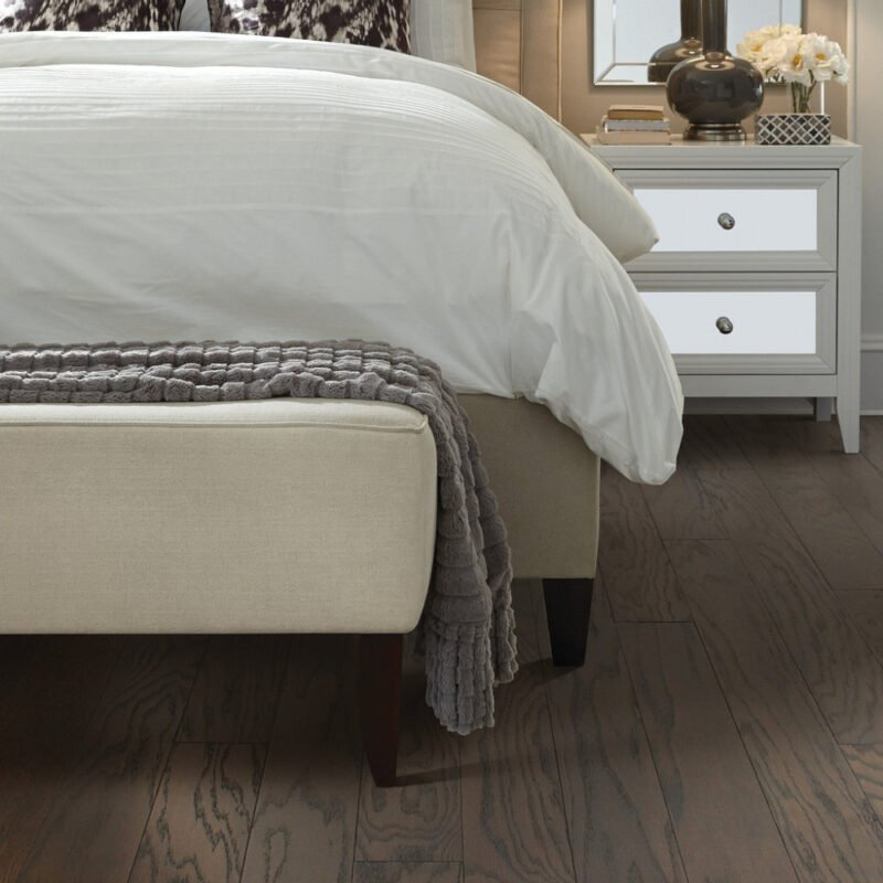 Chocolate 07011 Hardwood Full Room - Shaw Albright Oak